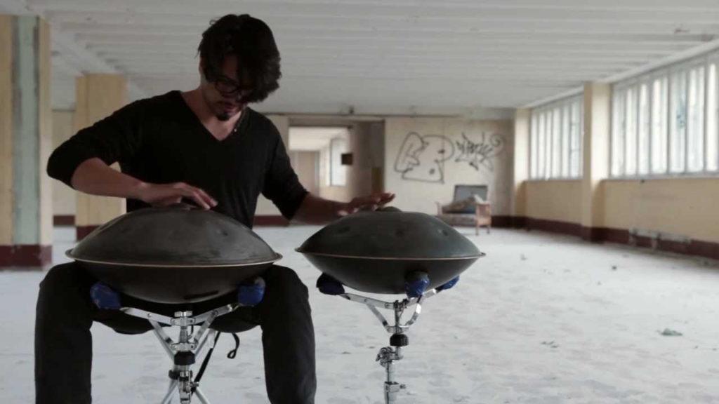 Ханг — очень редкий музыкальный инструмент